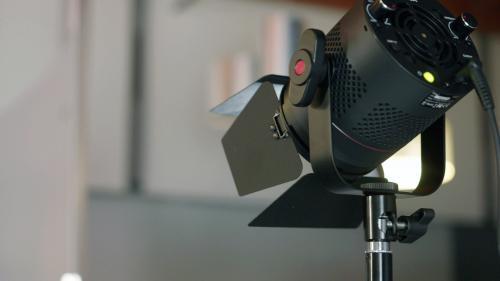 Lynda - Video Lighting: Choosing Lighting Gear