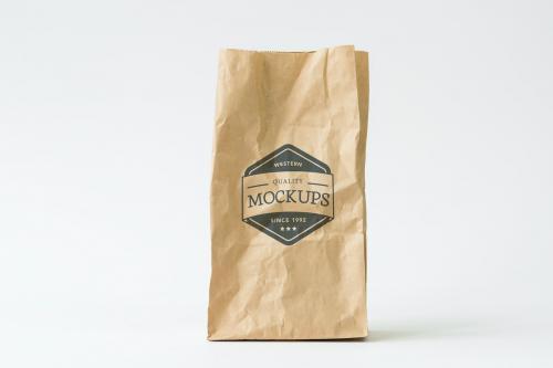 Recycle paper bag mockup - 296320