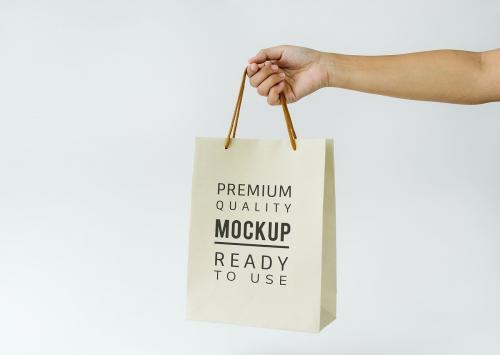 Paper bag mockup - 296343