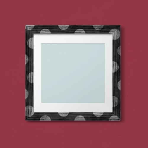 Polka dot photo frame mockup - 2021889